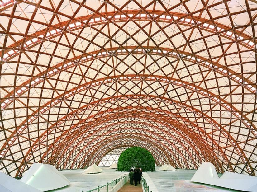 Shigeru Ban - Unorthodox Japanese Architecture